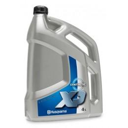 Olej syntetyczny do silników dwusuwowych Husqvarna XP® 4L